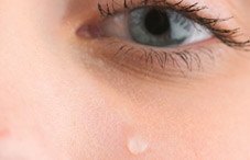 Men who sniff women's tears experience