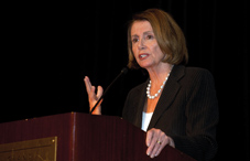 Rep. Nancy Pelosi (D-Calif.) received this year's APA's Outstanding Leadership Award at the State Leadership Conference banquet (APA photo)