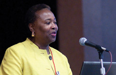 APA's Dr. Gwen Keita welcomed attendees to the ninth Work, Stress and Health Conference (credit: Silver Image Photo Agency)