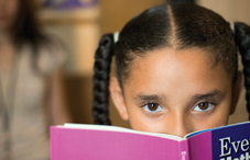 Visual attention problems in early childhood may predict reading difficulties.