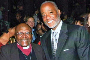 APA CEO Norman Anderson (right) with Nobel Peace Prize Laureate Desmond Tutu at the ICP 2012 Opening Ceremony