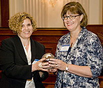 Dr. Karen Summar accepts Congressional Champion Award on behalf of Rep. Cathy McMorris Rodgers (R-WA)