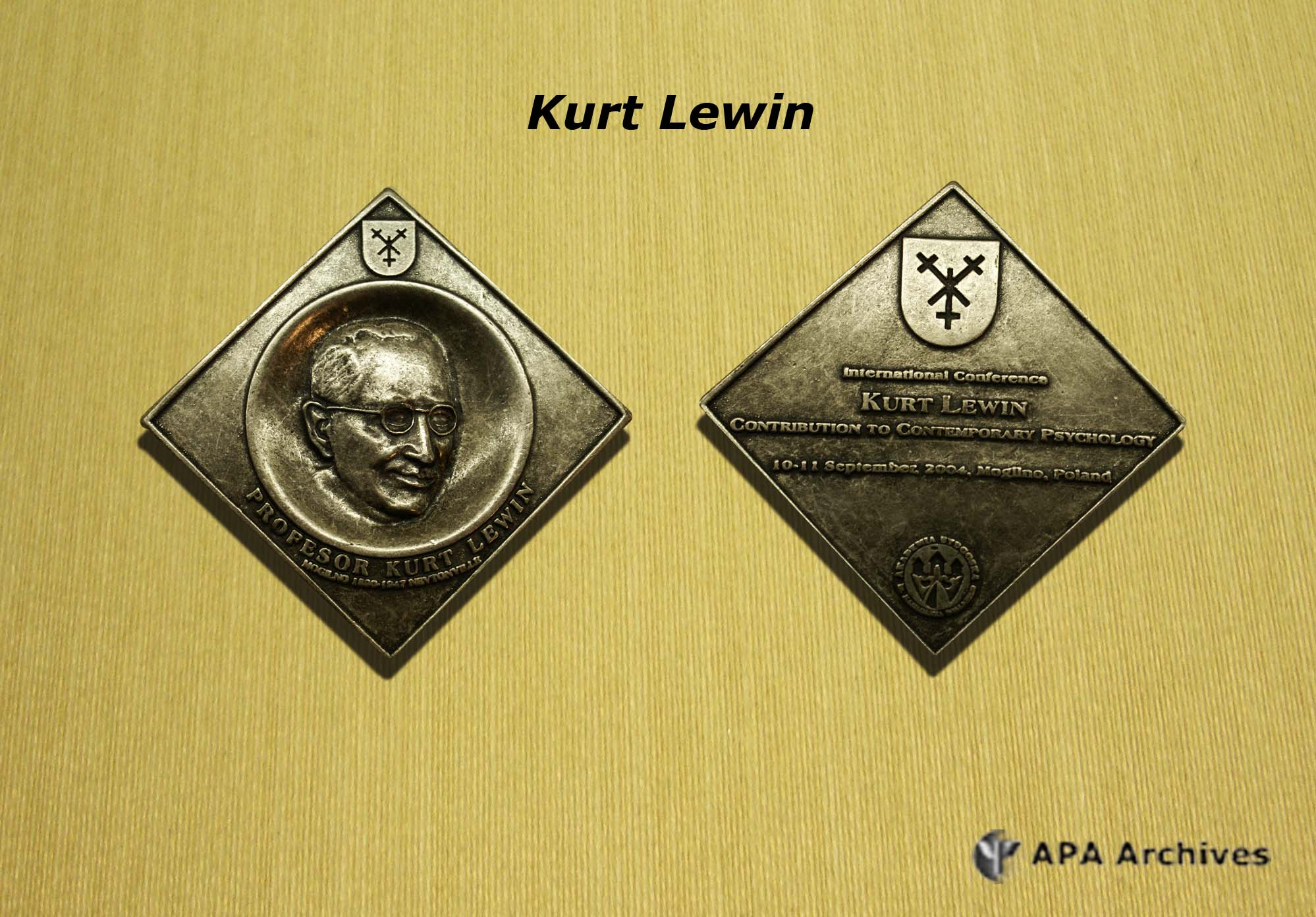 kurt lewin Kurt zadek lewin was born on september 9, 1890, into a jewish family in mogilno, poland (then in posen, germany) lewin joined the german armed forces when world war i began but due to a war wound, he returned to berlin, to complete his phd, where he studied mathematics, physics, and psychology.
